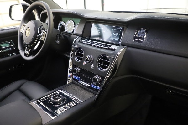 New 2021 Rolls-Royce Cullinan for sale Sold at Rolls-Royce Motor Cars Greenwich in Greenwich CT 06830 12