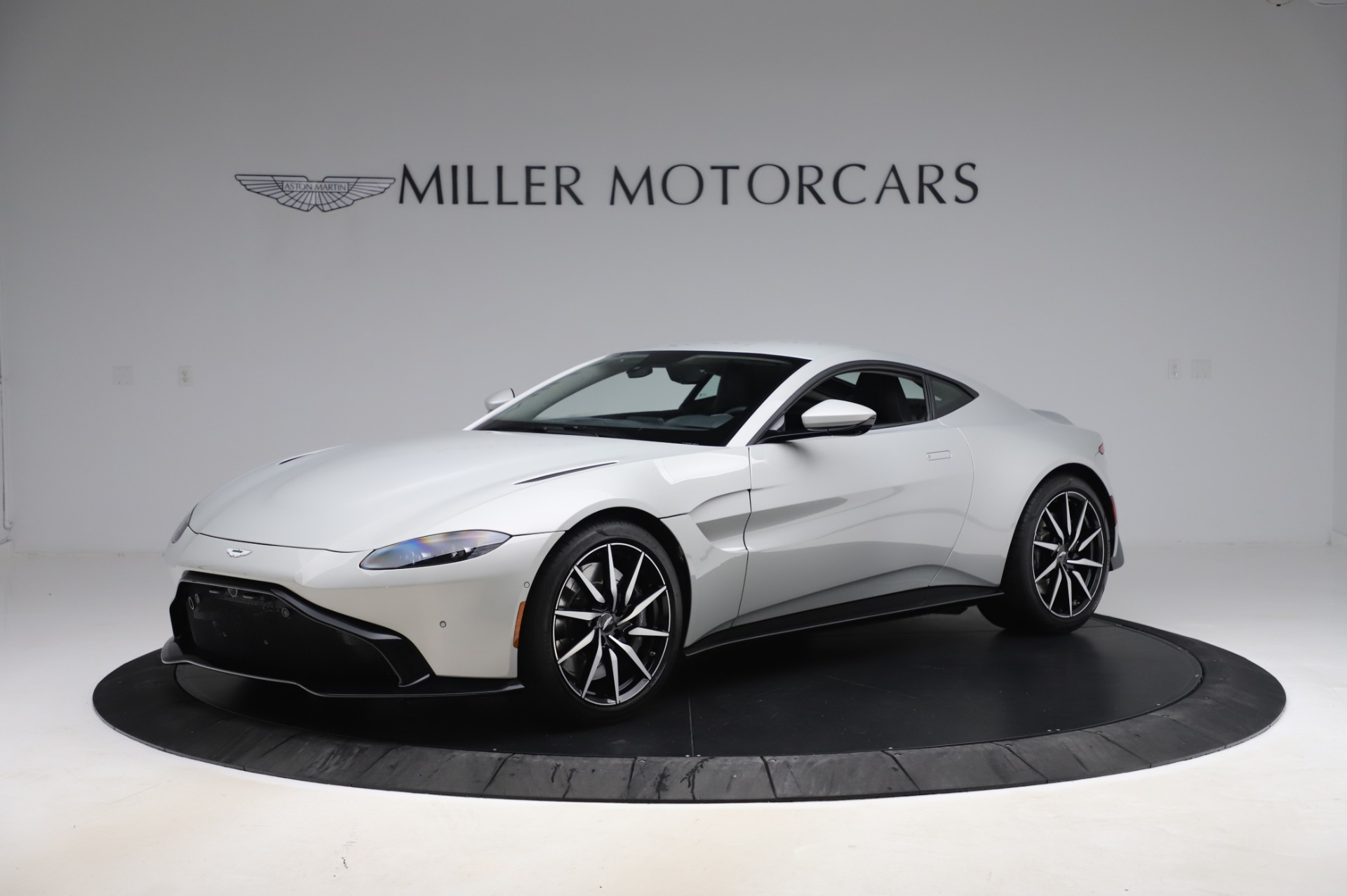 Used 2020 Aston Martin Vantage Coupe for sale $149,800 at Rolls-Royce Motor Cars Greenwich in Greenwich CT 06830 1
