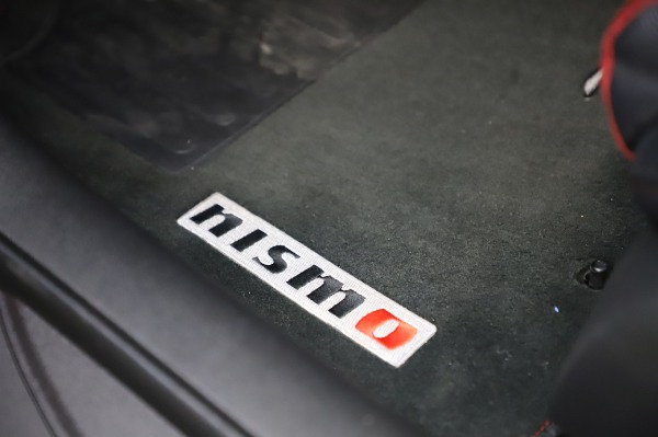 Used 2018 Nissan 370Z NISMO Tech for sale $39,900 at Rolls-Royce Motor Cars Greenwich in Greenwich CT 06830 23