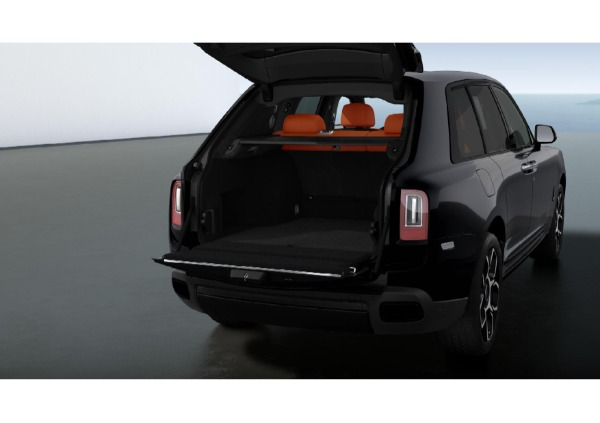 New 2021 Rolls-Royce Cullinan Black Badge for sale $433,225 at Rolls-Royce Motor Cars Greenwich in Greenwich CT 06830 5