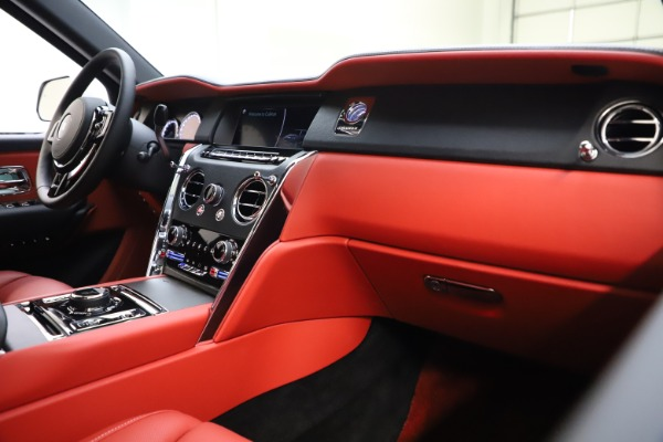 Used 2021 Rolls-Royce Cullinan for sale Sold at Rolls-Royce Motor Cars Greenwich in Greenwich CT 06830 16
