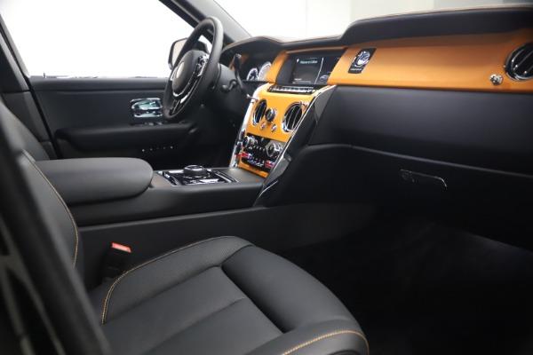 New 2021 Rolls-Royce Cullinan for sale $372,725 at Rolls-Royce Motor Cars Greenwich in Greenwich CT 06830 18