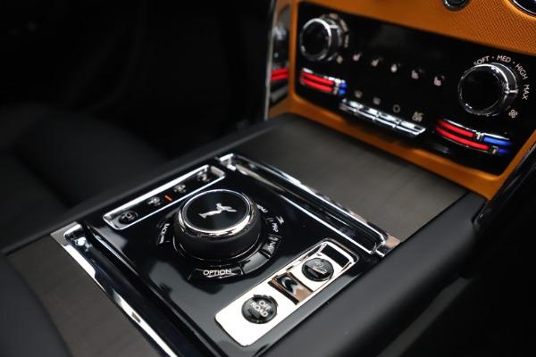 New 2021 Rolls-Royce Cullinan for sale $372,725 at Rolls-Royce Motor Cars Greenwich in Greenwich CT 06830 28