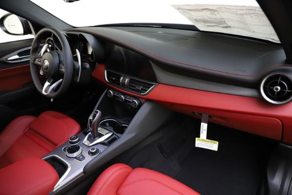New 2020 Alfa Romeo Giulia Ti Sport Q4 for sale $48,595 at Rolls-Royce Motor Cars Greenwich in Greenwich CT 06830 24