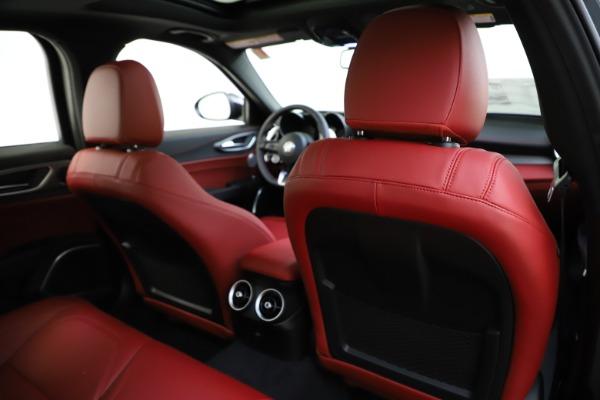New 2020 Alfa Romeo Giulia Ti Sport Q4 for sale $48,595 at Rolls-Royce Motor Cars Greenwich in Greenwich CT 06830 28