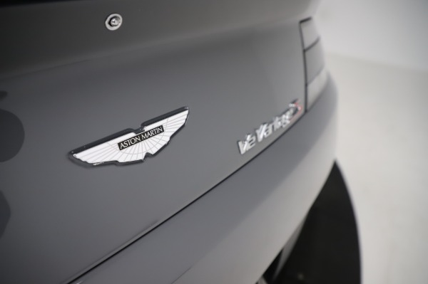 Used 2017 Aston Martin V12 Vantage S for sale $185,900 at Rolls-Royce Motor Cars Greenwich in Greenwich CT 06830 24
