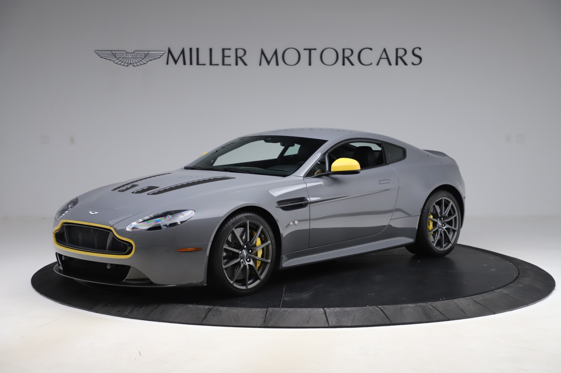 Used 2017 Aston Martin V12 Vantage S for sale $185,900 at Rolls-Royce Motor Cars Greenwich in Greenwich CT 06830 1