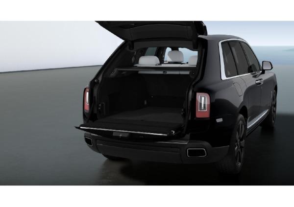 New 2021 Rolls-Royce Cullinan Base for sale $376,075 at Rolls-Royce Motor Cars Greenwich in Greenwich CT 06830 4