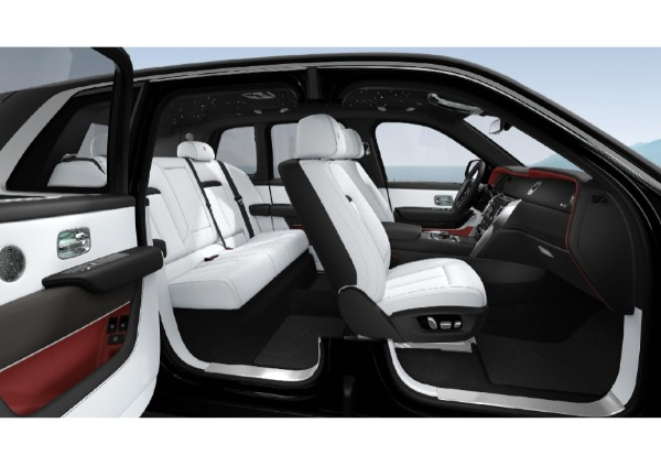 New 2021 Rolls-Royce Cullinan Base for sale $376,075 at Rolls-Royce Motor Cars Greenwich in Greenwich CT 06830 7
