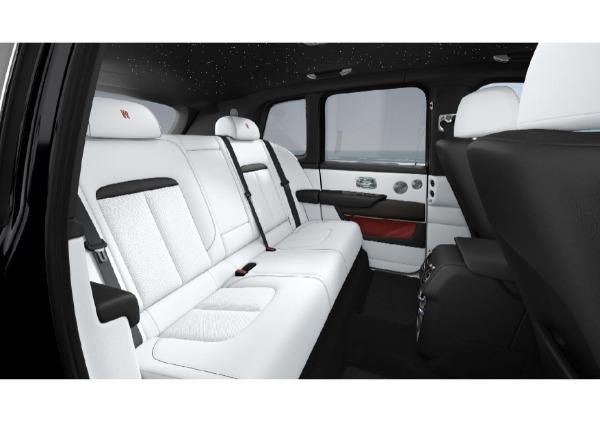 New 2021 Rolls-Royce Cullinan Base for sale $376,075 at Rolls-Royce Motor Cars Greenwich in Greenwich CT 06830 8