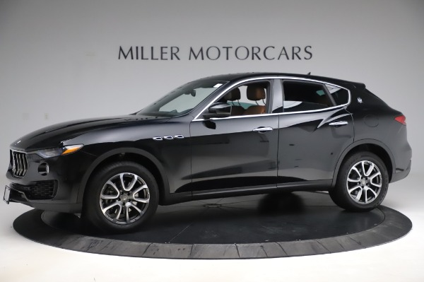 Used 2017 Maserati Levante Q4 for sale $51,900 at Rolls-Royce Motor Cars Greenwich in Greenwich CT 06830 3