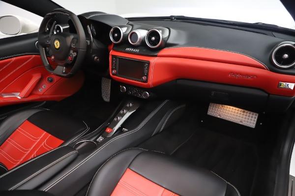 Used 2015 Ferrari California T for sale $159,900 at Rolls-Royce Motor Cars Greenwich in Greenwich CT 06830 21