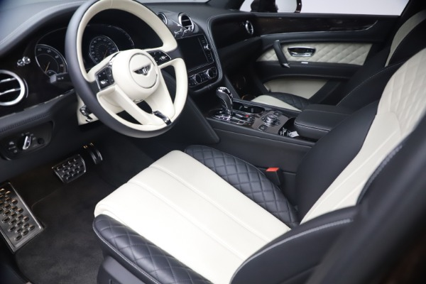 Used 2020 Bentley Bentayga V8 for sale $186,900 at Rolls-Royce Motor Cars Greenwich in Greenwich CT 06830 17