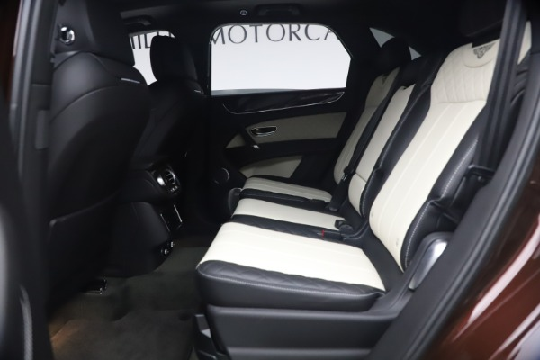 Used 2020 Bentley Bentayga V8 for sale $186,900 at Rolls-Royce Motor Cars Greenwich in Greenwich CT 06830 22