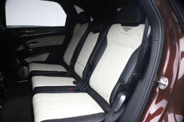 Used 2020 Bentley Bentayga V8 for sale $186,900 at Rolls-Royce Motor Cars Greenwich in Greenwich CT 06830 23