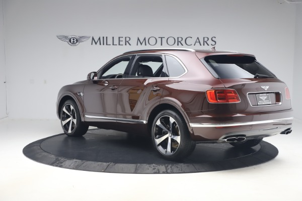 Used 2020 Bentley Bentayga V8 for sale $186,900 at Rolls-Royce Motor Cars Greenwich in Greenwich CT 06830 5