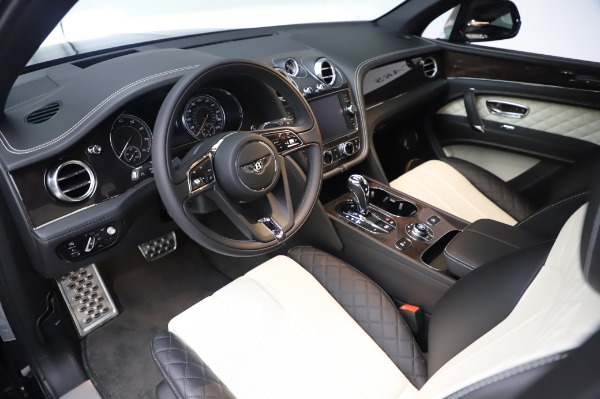 Used 2020 Bentley Bentayga V8 for sale Call for price at Rolls-Royce Motor Cars Greenwich in Greenwich CT 06830 15