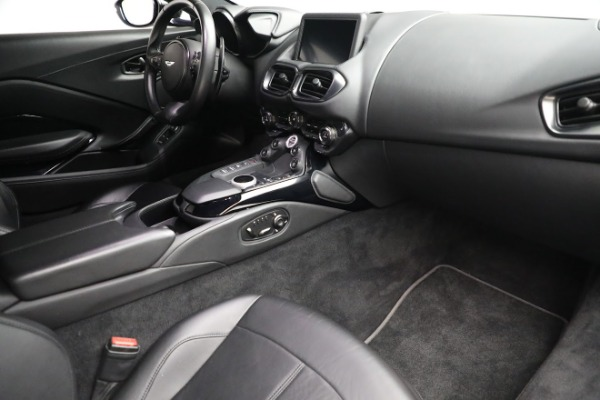Used 2019 Aston Martin Vantage Coupe for sale $129,900 at Rolls-Royce Motor Cars Greenwich in Greenwich CT 06830 18