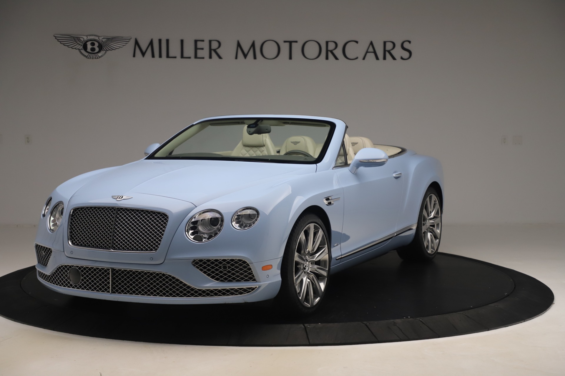 Used 2017 Bentley Continental GT Convertible W12 for sale $169,900 at Rolls-Royce Motor Cars Greenwich in Greenwich CT 06830 1