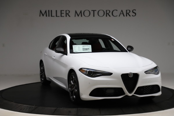 New 2020 Alfa Romeo Giulia Ti Sport Q4 for sale $52,395 at Rolls-Royce Motor Cars Greenwich in Greenwich CT 06830 11