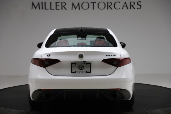 New 2020 Alfa Romeo Giulia Ti Sport Q4 for sale $52,395 at Rolls-Royce Motor Cars Greenwich in Greenwich CT 06830 6