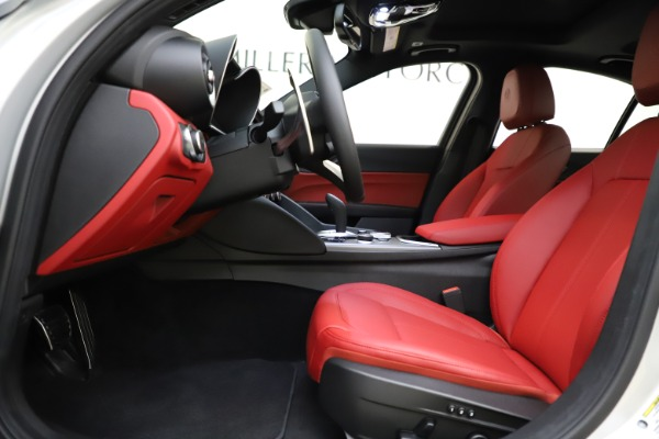 New 2020 Alfa Romeo Giulia Sport Q4 for sale Sold at Rolls-Royce Motor Cars Greenwich in Greenwich CT 06830 14