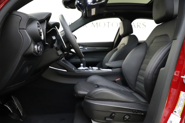 New 2020 Alfa Romeo Stelvio Ti Sport Carbon Q4 for sale Sold at Rolls-Royce Motor Cars Greenwich in Greenwich CT 06830 14