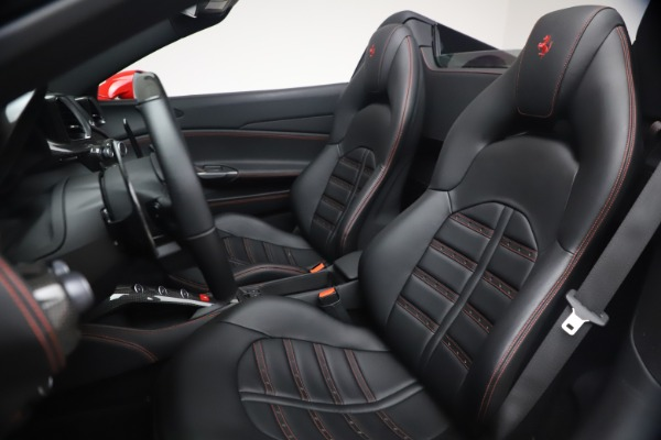 Used 2018 Ferrari 488 Spider for sale $286,900 at Rolls-Royce Motor Cars Greenwich in Greenwich CT 06830 19