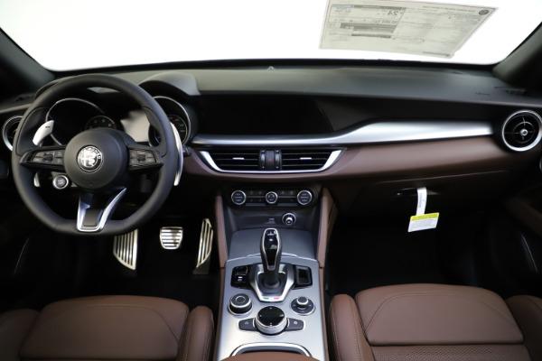 New 2020 Alfa Romeo Stelvio Ti Sport Q4 for sale Sold at Rolls-Royce Motor Cars Greenwich in Greenwich CT 06830 16
