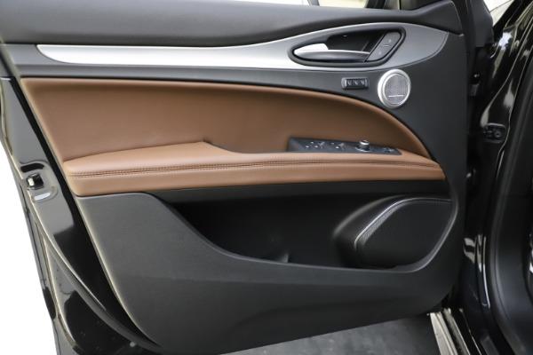 New 2020 Alfa Romeo Stelvio Ti Sport Q4 for sale Sold at Rolls-Royce Motor Cars Greenwich in Greenwich CT 06830 17