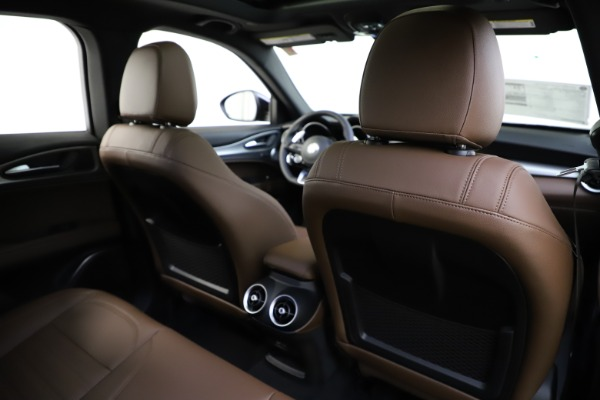 New 2020 Alfa Romeo Stelvio Ti Sport Q4 for sale Sold at Rolls-Royce Motor Cars Greenwich in Greenwich CT 06830 28
