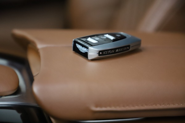 New 2021 Aston Martin DBX for sale $211,636 at Rolls-Royce Motor Cars Greenwich in Greenwich CT 06830 22