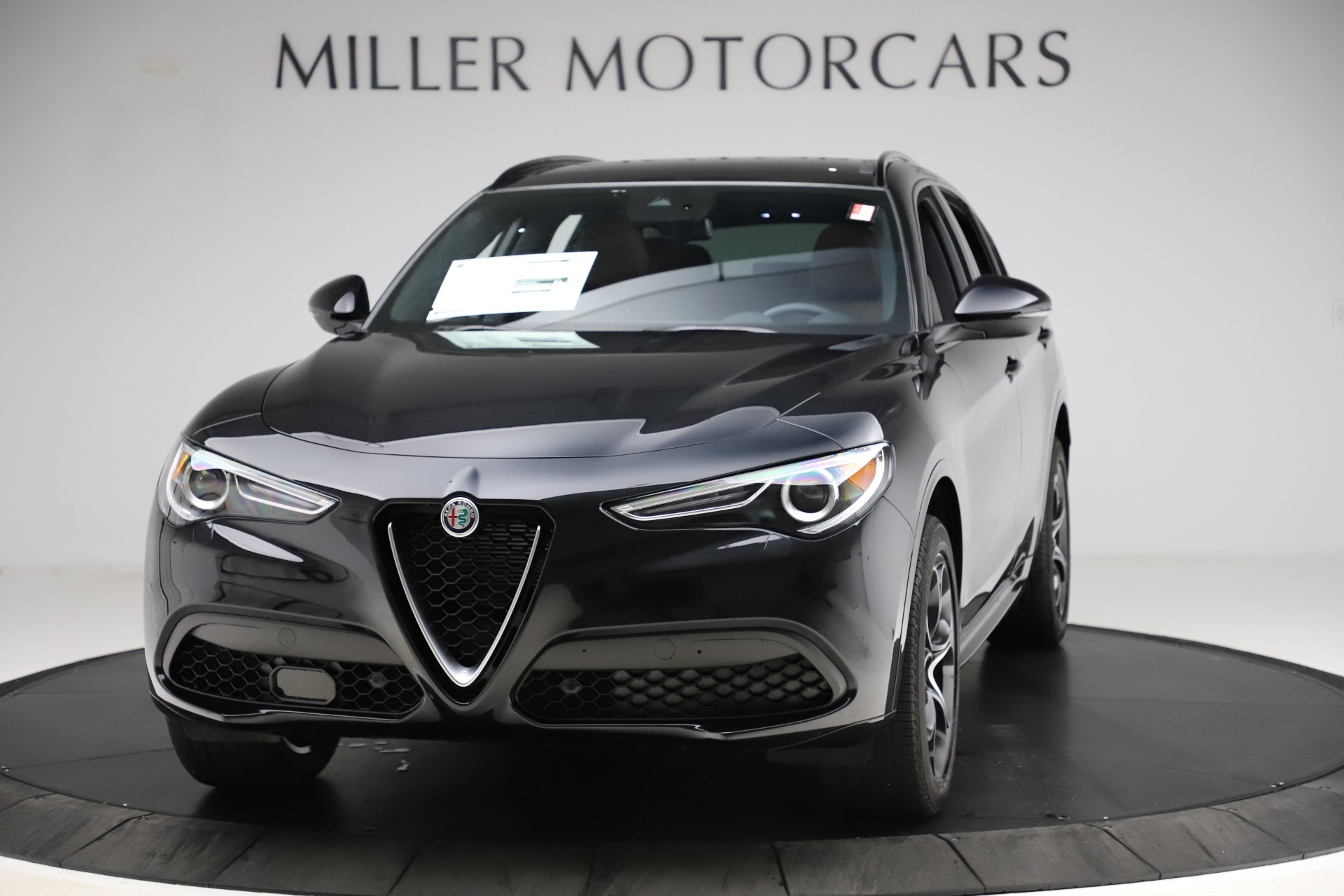 New 2020 Alfa Romeo Stelvio Ti Lusso Q4 for sale $53,995 at Rolls-Royce Motor Cars Greenwich in Greenwich CT 06830 1