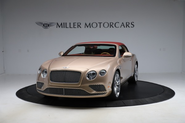 Used 2017 Bentley Continental GTC W12 for sale $165,900 at Rolls-Royce Motor Cars Greenwich in Greenwich CT 06830 10