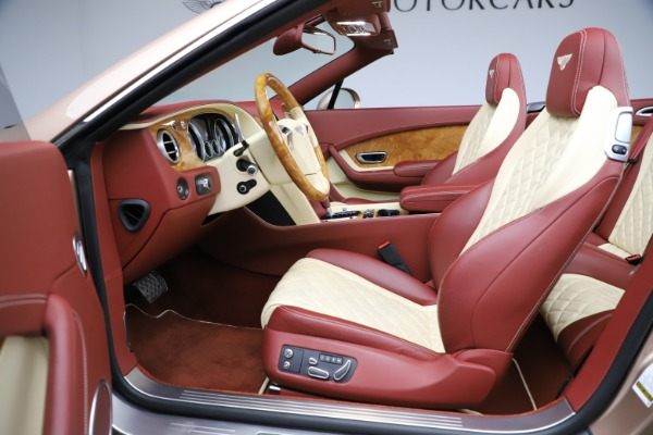 Used 2017 Bentley Continental GTC W12 for sale $165,900 at Rolls-Royce Motor Cars Greenwich in Greenwich CT 06830 28