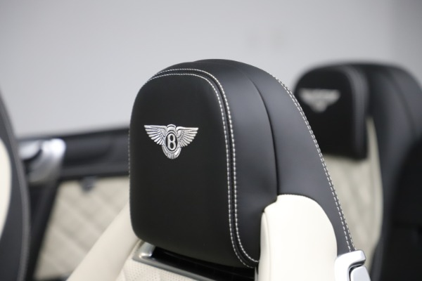 Used 2017 Bentley Continental GTC V8 S for sale $159,900 at Rolls-Royce Motor Cars Greenwich in Greenwich CT 06830 27