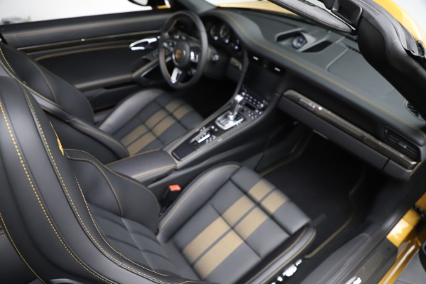 Used 2019 Porsche 911 Turbo S Exclusive for sale $249,900 at Rolls-Royce Motor Cars Greenwich in Greenwich CT 06830 25