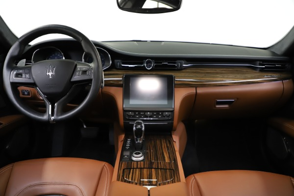 Used 2017 Maserati Quattroporte S Q4 GranLusso for sale $59,900 at Rolls-Royce Motor Cars Greenwich in Greenwich CT 06830 16