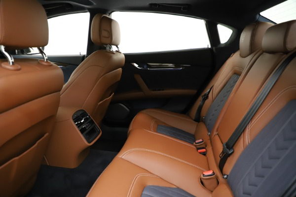 Used 2017 Maserati Quattroporte S Q4 GranLusso for sale $59,900 at Rolls-Royce Motor Cars Greenwich in Greenwich CT 06830 19