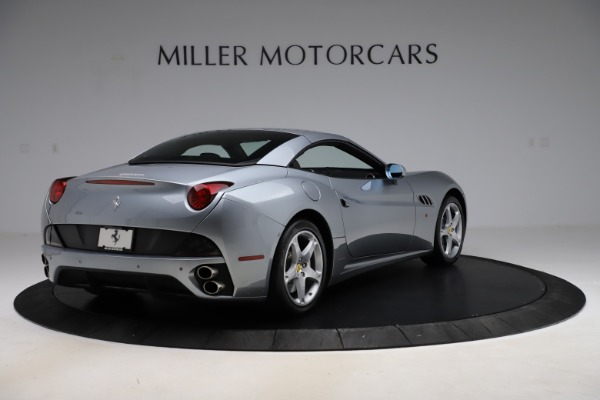 Used 2013 Ferrari California 30 for sale $103,900 at Rolls-Royce Motor Cars Greenwich in Greenwich CT 06830 16