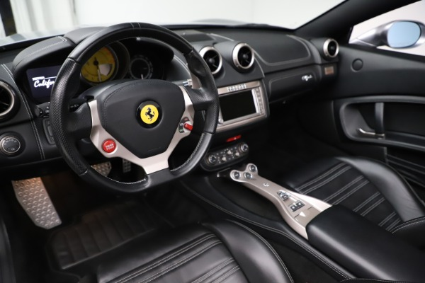 Used 2013 Ferrari California 30 for sale $103,900 at Rolls-Royce Motor Cars Greenwich in Greenwich CT 06830 19