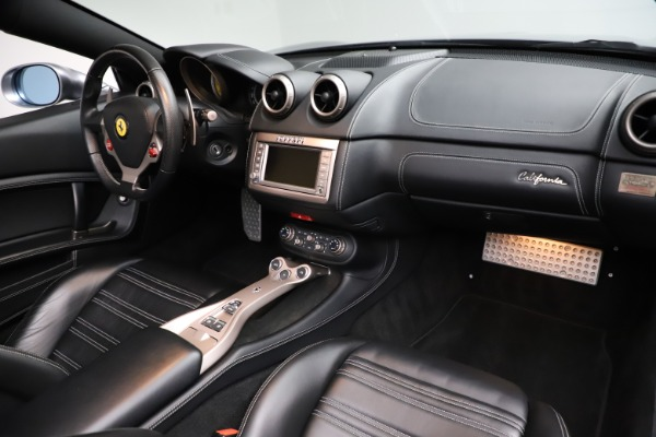Used 2013 Ferrari California 30 for sale $103,900 at Rolls-Royce Motor Cars Greenwich in Greenwich CT 06830 24