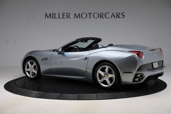 Used 2013 Ferrari California 30 for sale $103,900 at Rolls-Royce Motor Cars Greenwich in Greenwich CT 06830 4