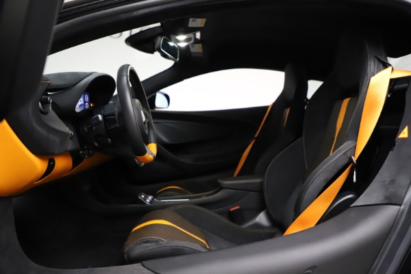Used 2019 McLaren 570S for sale $177,900 at Rolls-Royce Motor Cars Greenwich in Greenwich CT 06830 17
