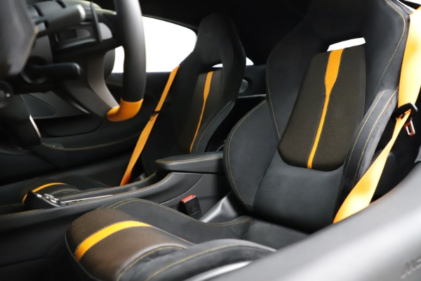 Used 2019 McLaren 570S for sale $177,900 at Rolls-Royce Motor Cars Greenwich in Greenwich CT 06830 18