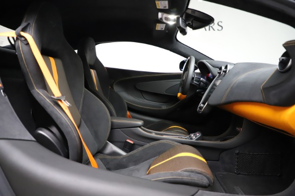 Used 2019 McLaren 570S for sale $177,900 at Rolls-Royce Motor Cars Greenwich in Greenwich CT 06830 20
