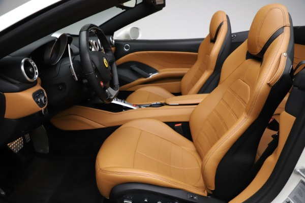 Used 2018 Ferrari California T for sale $169,900 at Rolls-Royce Motor Cars Greenwich in Greenwich CT 06830 18
