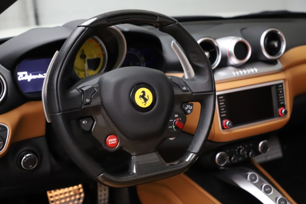 Used 2018 Ferrari California T for sale $169,900 at Rolls-Royce Motor Cars Greenwich in Greenwich CT 06830 21