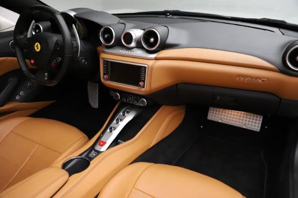Used 2018 Ferrari California T for sale $169,900 at Rolls-Royce Motor Cars Greenwich in Greenwich CT 06830 23