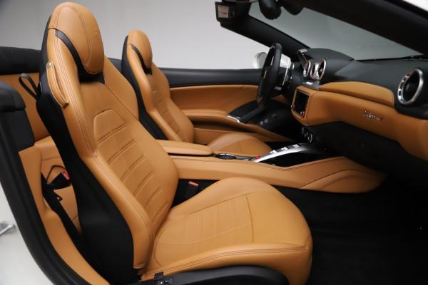 Used 2018 Ferrari California T for sale $169,900 at Rolls-Royce Motor Cars Greenwich in Greenwich CT 06830 24